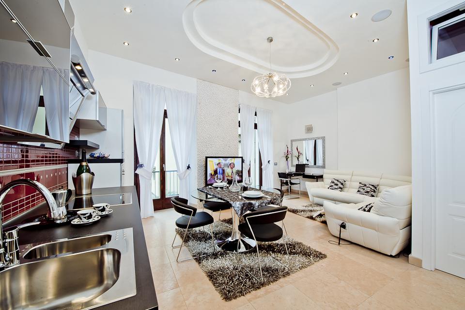 Luxury arco appartamenti in arco for Appartamenti di lusso
